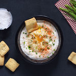 Huevos turcos con yogur. Receta saludable