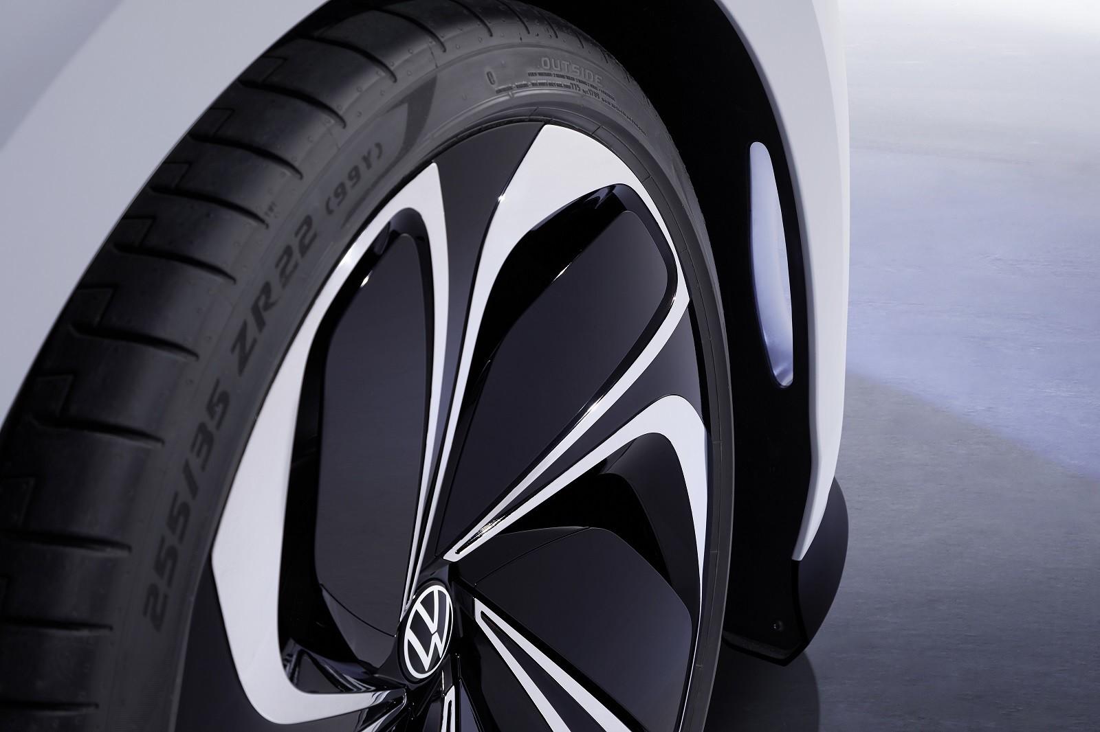 Foto de Volkswagen ID. Space Vizzion Concept (29/32)