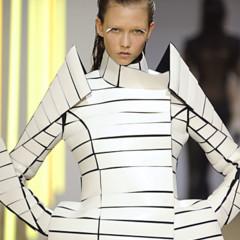 Foto 21 de 28 de la galería gareth-pugh-en-la-semana-de-la-moda-de-paris-primavera-verano-2009 en Trendencias