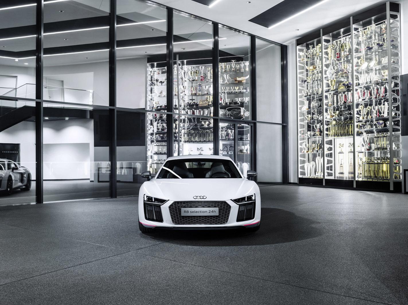 """Foto de Audi R8 Coupé V10 plus """"selection 24h"""" (2/5)"""