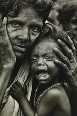mother-and-weeping-child-bangladesh-1972