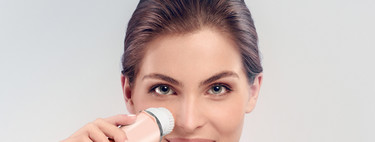 Incorporando a tu rutina diaria de higiene el cepillo limpiador VisaPure Essential de Philips, se acabaron los puntos negros