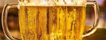 Si tomas algo con un extraño solo reducirás la distancia social si lo que tomas lleva alcohol