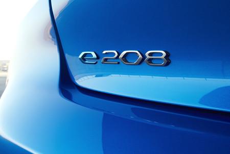 E 208