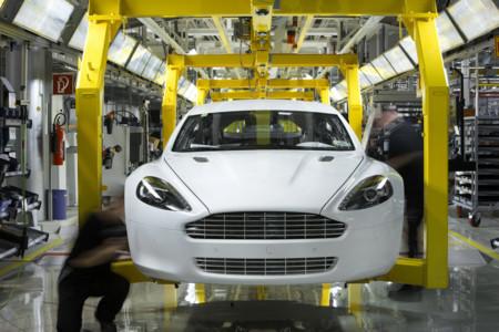 Aston Martin Rapide Magn Steyr