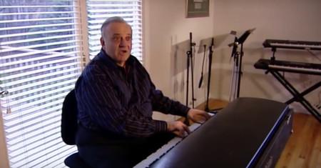 A ciegas y de forma improvisada: la historia de cómo se gestó la icónica banda sonora de Twin Peaks
