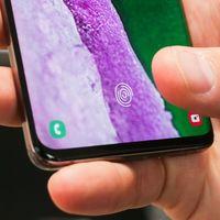 El Galaxy S10 podría desbloquearse con la huella de cualquiera si usamos un protector de silicón, Samsung trabaja en una solución