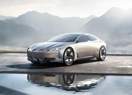 BMW tendrá otros tres modelos eléctricos para los primeros años de la siguiente década, incluyendo al i4