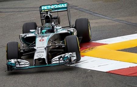 Nico Rosberg comete un error en Mirabeau que le da la pole y desata la polémica