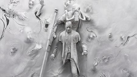 El padre Theodore, uno de los villanos principales de The Evil Within 2, y sus heraldos en un nuevo tráiler