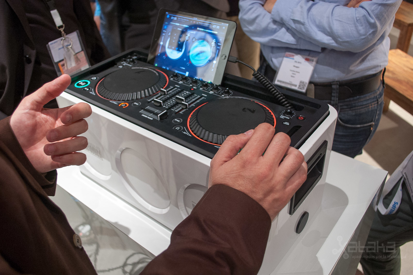 Foto de Philips M1X-DJ en IFA 2013 (3/6)
