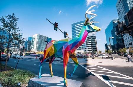 Okuda San Miguel: el artista santanderino que ha llenado Boston de color y arte pop