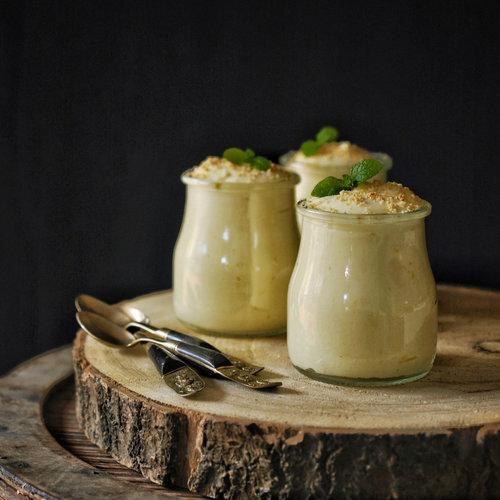 Así es la receta de mousse de limón clásica (y la más auténtica y deliciosa)