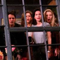 """Netflix va a pagar por """"Friends"""" lo mismo que cuesta producir una temporada de Juego de Tronos"""