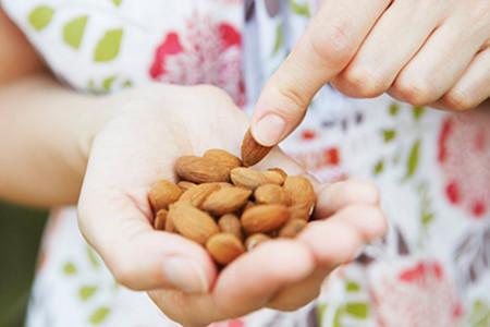 Cinco propuestas de snacks ricos en potasio y con pocas calorías