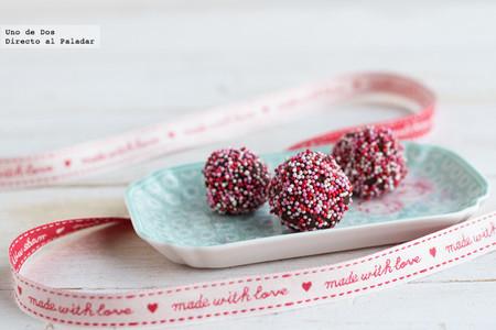 Trufas de cava y frambuesa, receta rápida y fácil para San Valentín