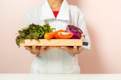 Ocho razones para acudir a un nutricionista si quieres bajar de peso este año