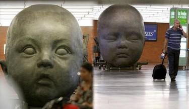 Estatuas gigantes de Bebé en Madrid