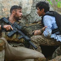 """'Tyler Rake': Joe Russo confirma estar trabajando en """"construir un universo de películas"""" centradas en los personajes del éxito de Netflix"""