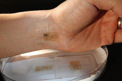 Circuitos electrónicos introducidos en nuestra piel a modo de tatuaje