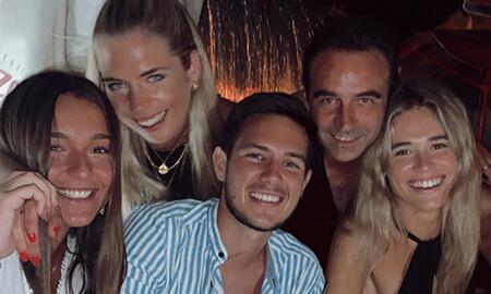 Enrique Ponce y amigos de Ana Soria