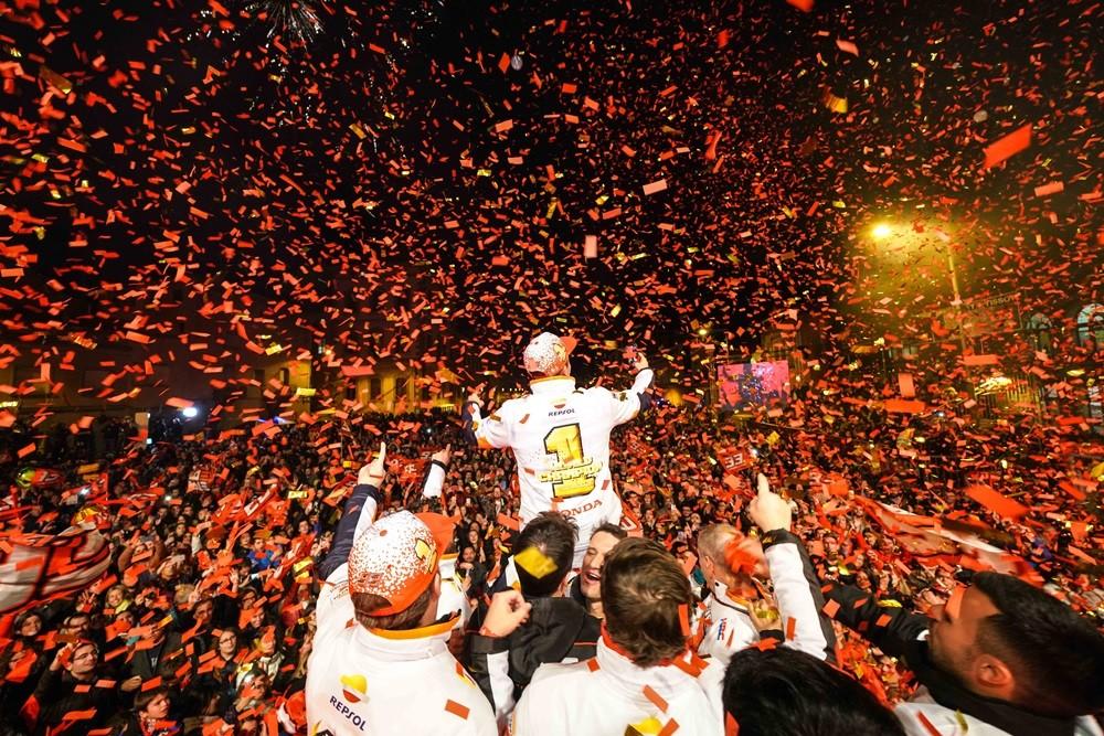 Foto de Celebración del séptimo título de Marc Márquez (9/12)
