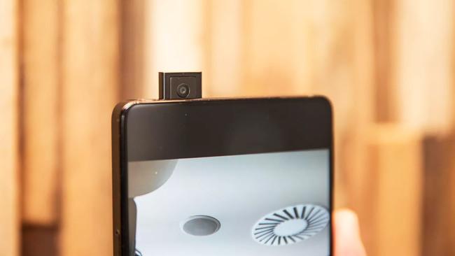 98% pantalla y cámara frontal retráctil: Vivo Apex conceptualiza el futuro de los teléfonos móviles