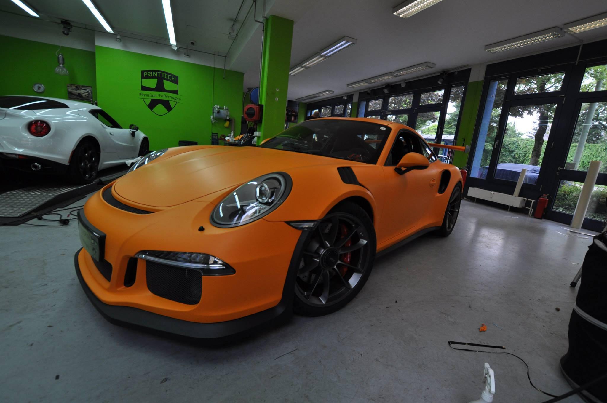 Foto de Porsche 911 GT3 RS naranja mate (7/12)