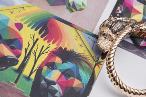 Joyería Suárez deja a todos sin palabras con la nueva colaboración con el artista Okuda, así es la impresionante colección