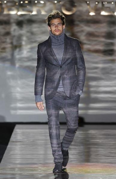 Roberto Verino Otoño-Invierno 2011/2012 en la Cibeles Madrid Fashion Week