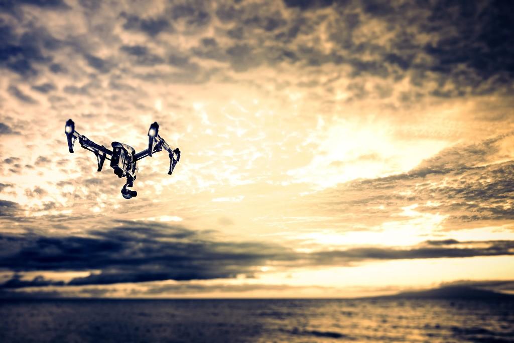 Las fronteras europeas, vigiladas por enjambres de drones autónomos: así es la polémica investigación que financia la UE