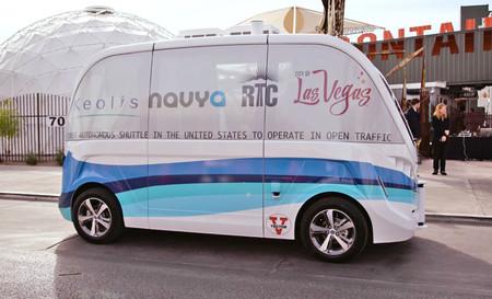 Las Vegas es la primera ciudad de EE.UU. con transporte público de autobuses eléctricos y autónomos