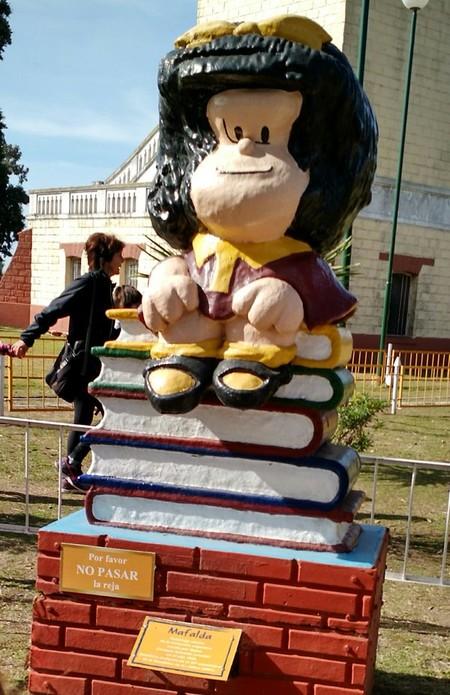 Estatua Mafalda 4