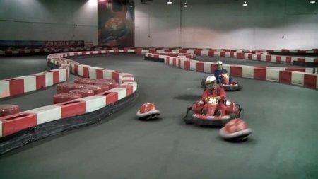 'Super Mario Kart' en la vida real. El vídeo más logrado hasta la fecha sobre el clásico de carreras