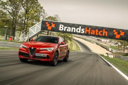 El Alfa Romeo Stelvio QV ya tiene tres nuevos récords en Reino Unido: Silverstone, Brands Hatch y Donington