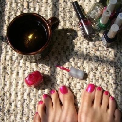 Como pintarse las uñas de los pies