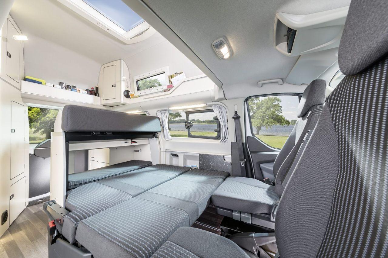 foto de ford transit westfalia nugget 7 19. Black Bedroom Furniture Sets. Home Design Ideas