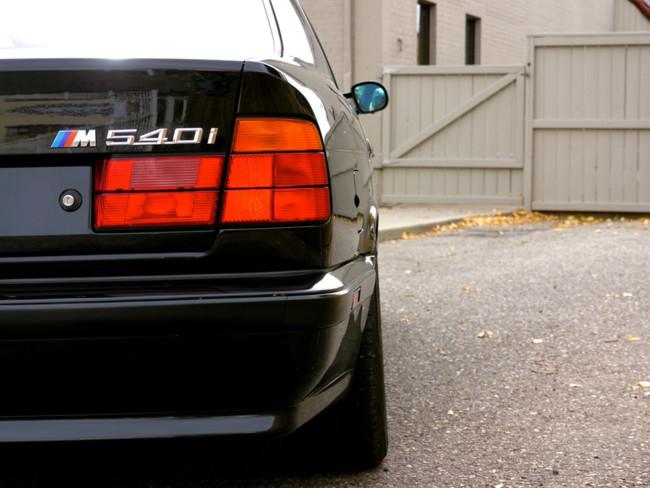 BMW M540i logotipo