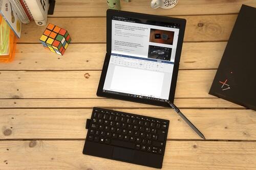 Lenovo Thinkpad X1 Fold, análisis: el primer portátil con pantalla plegable es toda una locura