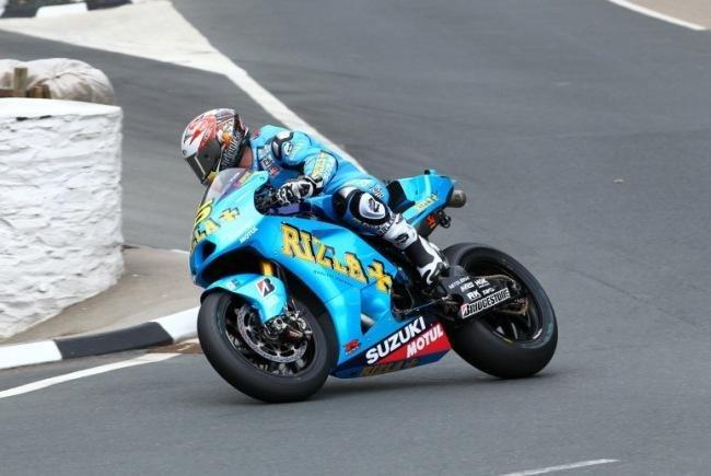 Cameron Donald Y Suzuki TT 2010