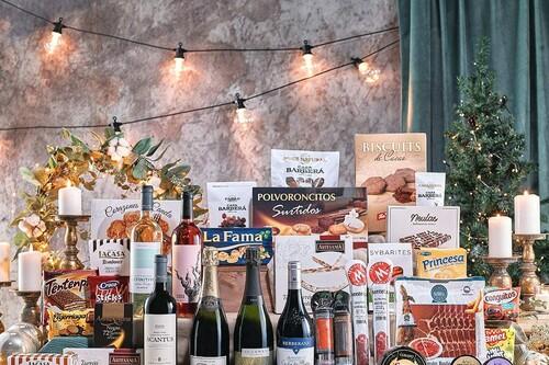 Desde las clásicas con turrón y jamón hasta las de dulces japoneses: las 18 cestas de Navidad y cajas gourmet más vendidas de Amazon