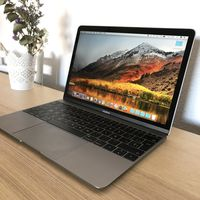 "MacBook de 12"" con Core i5 de doble núcleo a 1,3 GHz, 8GB RAM, SSD de 512 GB e Intel HD Graphics 615 a 1.276 euros en Amazon"