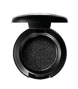 La sombra Carbon de MAC, ideal para ojos ahumados