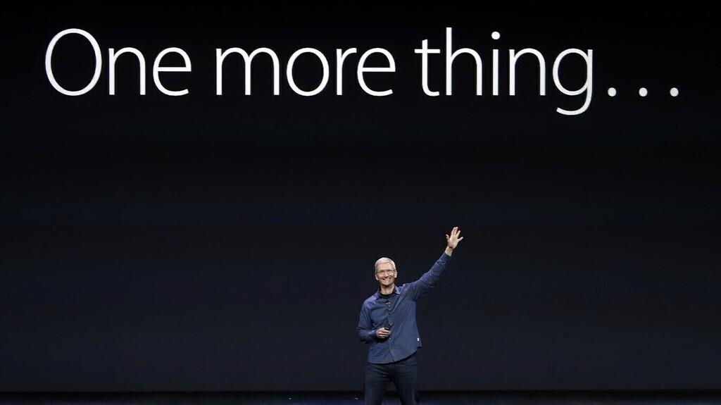 One more thing... stickers animados de WhatsApp, las ventas del iPhone doce mini y los accesorios que plantan cara a los de Apple™