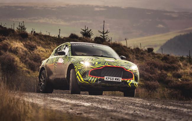 Confirmado: Aston Martin DBX será el nombre del primer SUV de la marca y ya se deja ver camuflado