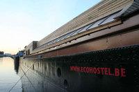 Barco-hotel totalmente ecológico