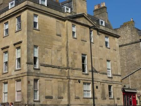 ¿Por qué en Edimburgo hay tantas ventanas cegadas?