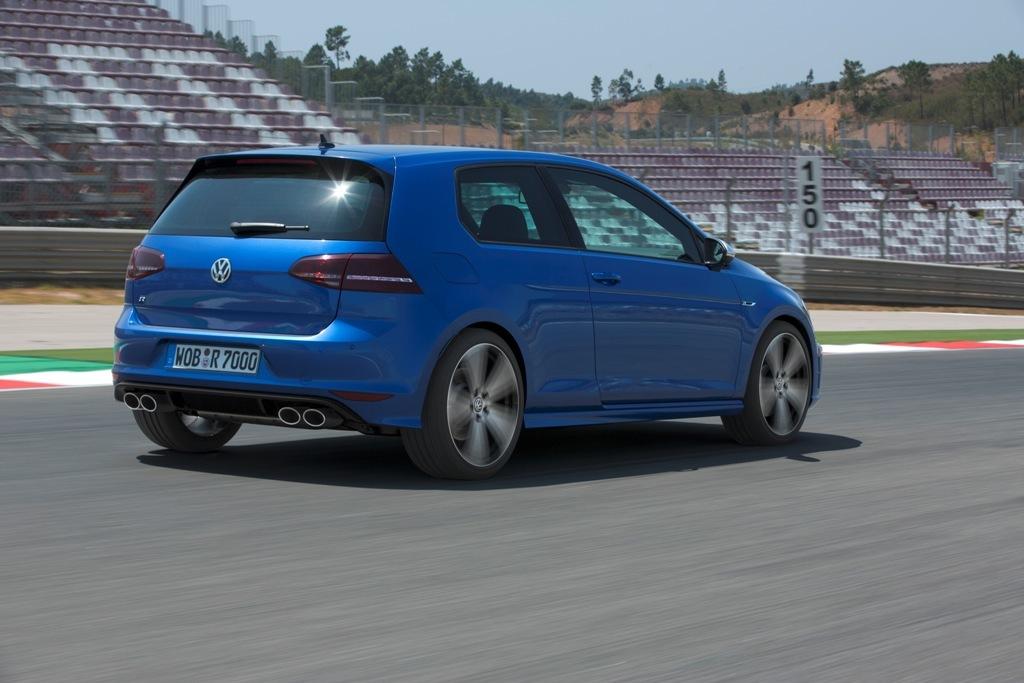 Foto de Nuevo Volkswagen Golf R (6/25)