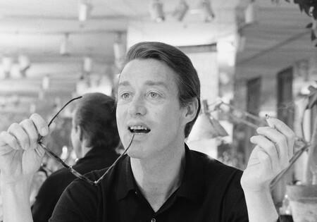 Quién fue Halston, el diseñador que vistió a las musas de los años 70 y que protagoniza la nueva serie de Netflix