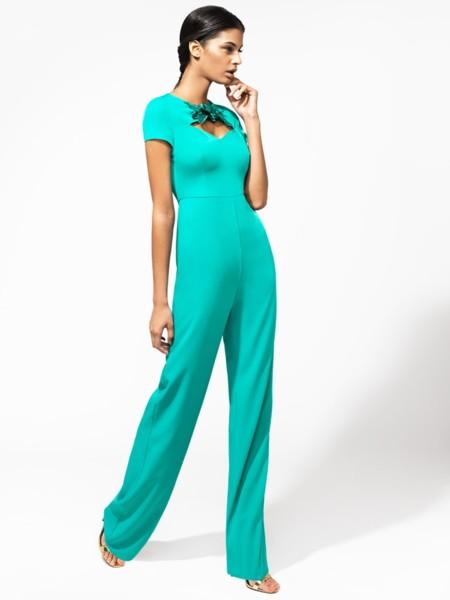 En color turquesa